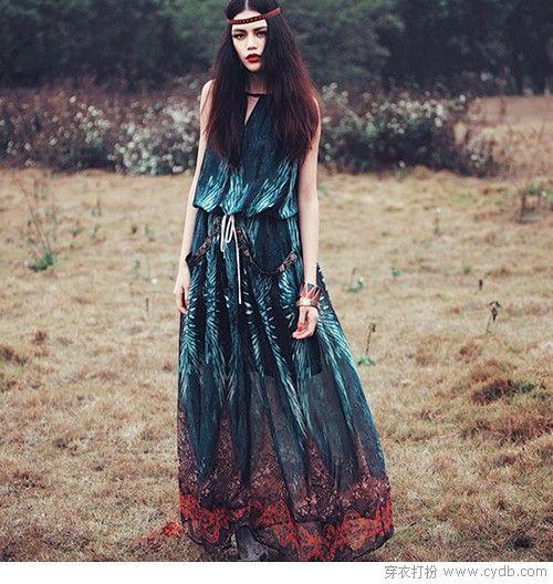连衣裙如何穿出大不同?还是要靠民族风!